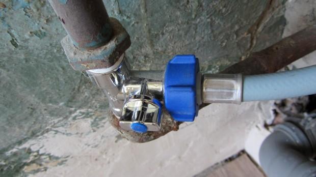 Как подключить воду к стиральной машине