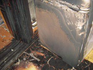 Сгорел холодильник из-за левого стабилизатора