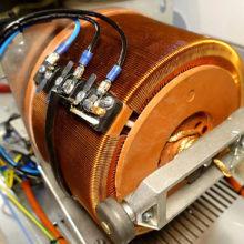 Какой стабилизатор самый лучший: электромеханический или все-таки релейный?