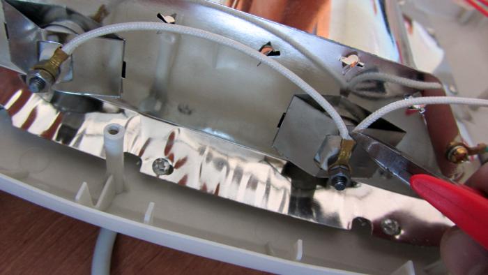 Смело выкусываем этот провод внутри SC-250